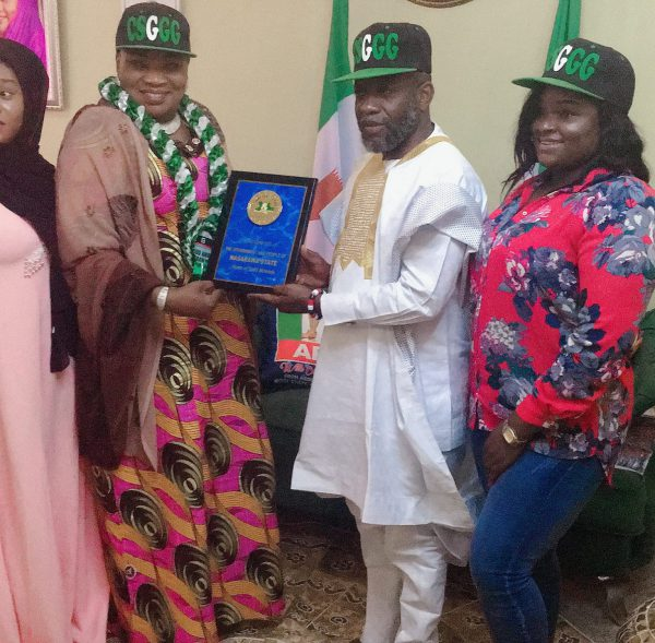 CSGGG Present Distinguished Award of  Excellence to Nasarawa State First Lady